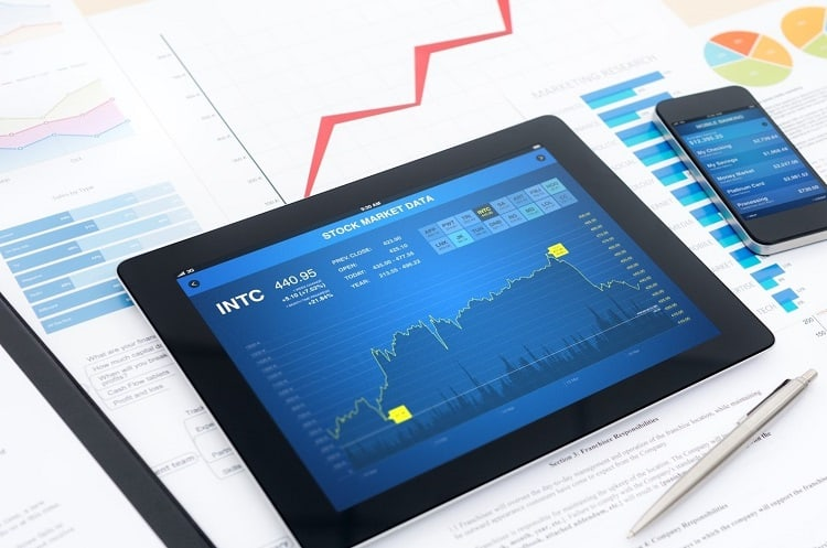 stock trading graphic on a tablet - stock trade alerts